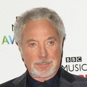 Tom Jones 9 of 10
