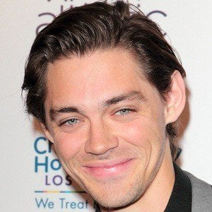 Tom Payne 2 of 9
