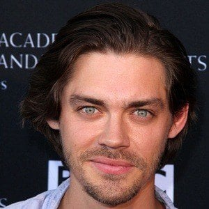 Tom Payne 6 of 9