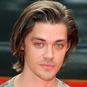 Tom Payne 8 of 9