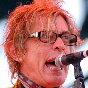 Tom Petersson 3 of 5