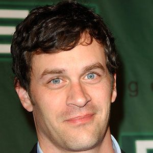 Tom Everett Scott 3 of 10