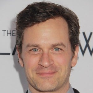 Tom Everett Scott 9 of 10