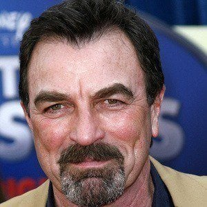 Tom Selleck 2 of 10
