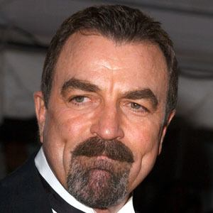 Tom Selleck 8 of 10
