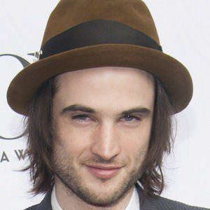 Tom Sturridge 2 of 5