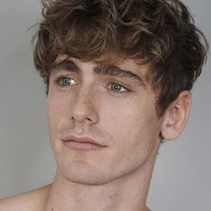 Tom Webb 3 of 5