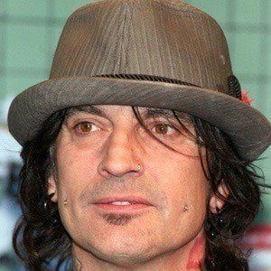 Tommy Lee 2 of 10
