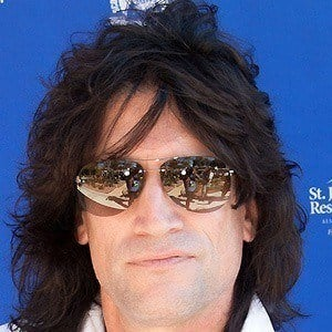 Tommy Thayer 2 of 5
