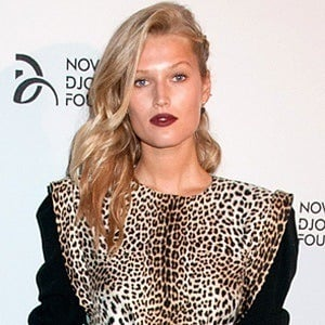 Toni Garrn 6 of 6