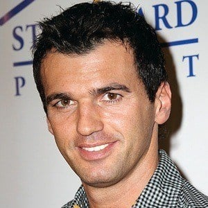 Tony Dovolani 6 of 9