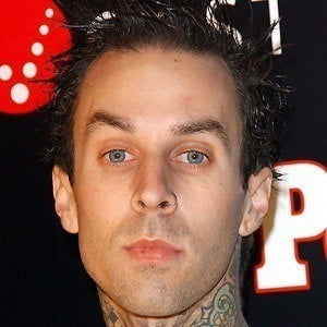 Travis Barker 5 of 10