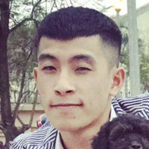 Tuan Mo 2 of 5