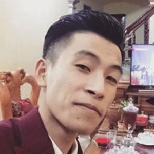 Tuan Mo 3 of 5