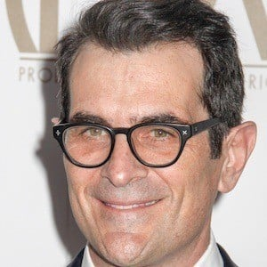Ty Burrell 4 of 10