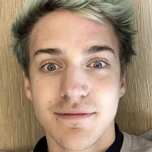 Tyler Blevins 6 of 9