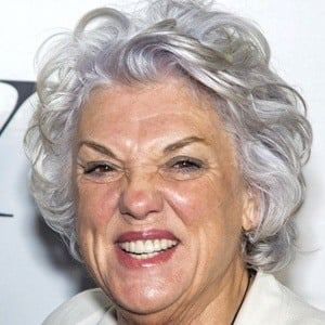 Tyne Daly 7 of 9