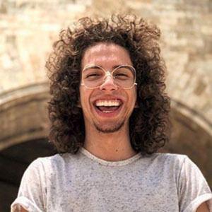Víctor Andrés Gámez 5 of 5