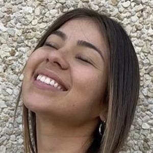 Valentina Canas Headshot 8 of 10