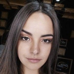Valeria Flórez 2 of 3