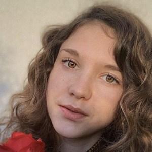 Valeria Vedovatti 6 of 6
