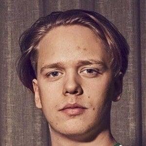 Valter Skarsgård Headshot 2 of 10