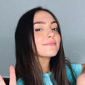 Vanessa Suárez 4 of 5