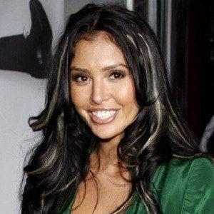 Vanessa Bryant 3 of 9