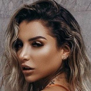 Vanessa Mejia 6 of 6