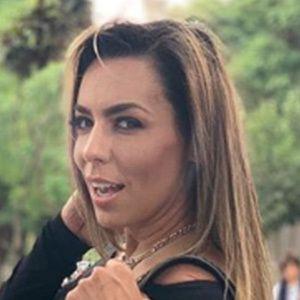 Vanessa Oyarzún 2 of 5