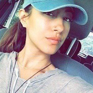 Vanessa Roy 6 of 10