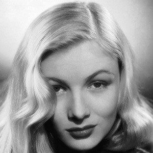 Veronica Lake 2 of 5