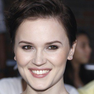 Veronica Roth 7 of 7