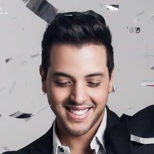 Víctor Muñoz 3 of 7