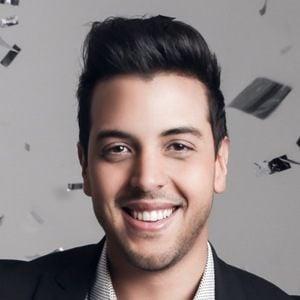 Víctor Muñoz 5 of 7