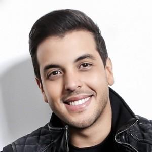 Víctor Muñoz 7 of 7