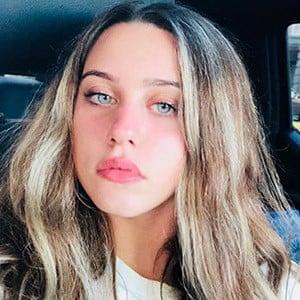 Victoria Azevedo 4 of 4
