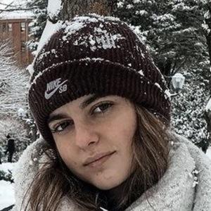 Victoria Fernández 3 of 10