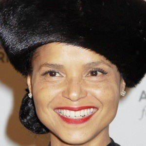Victoria Rowell 2 of 5