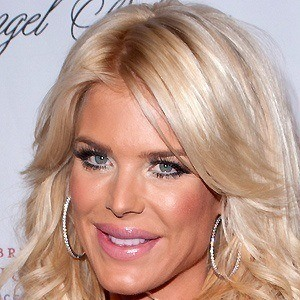 Victoria Silvstedt 2 of 10