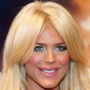 Victoria Silvstedt 4 of 10