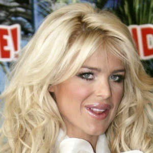 Victoria Silvstedt 7 of 10
