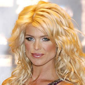 Victoria Silvstedt 8 of 10