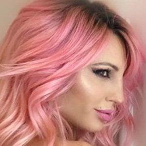 Victoria Xipolitakis 2 of 4