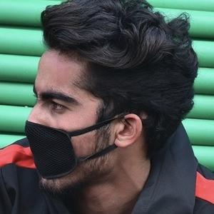 Vikram Khajuria 5 of 10