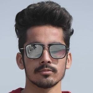 Vikram Khajuria 9 of 10