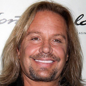 Vince Neil 5 of 9