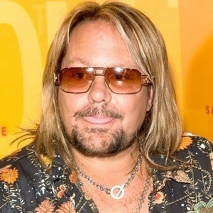 Vince Neil 6 of 9