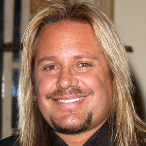 Vince Neil 7 of 9