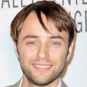 Vincent Kartheiser 3 of 5